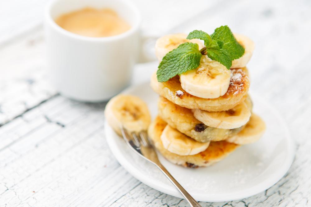 Сырники с бананами: Три рецепта для завтрака фото
