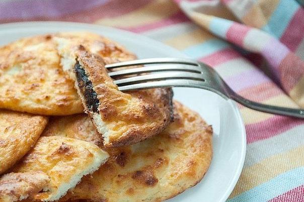 Сырники с черносливом без жарки фото