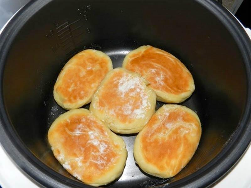 Сырники на пару в мультиварке фото