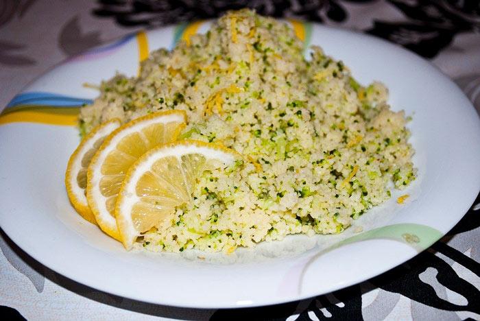Простой рецепт салата с вареной колбасой