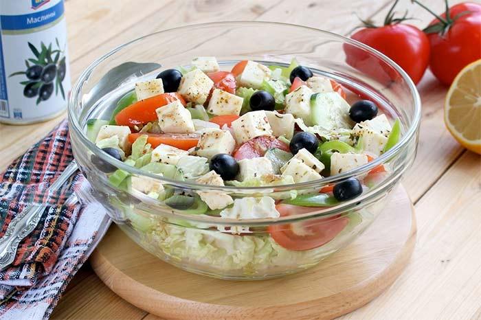 Состав греческого салата с пекинской капустой